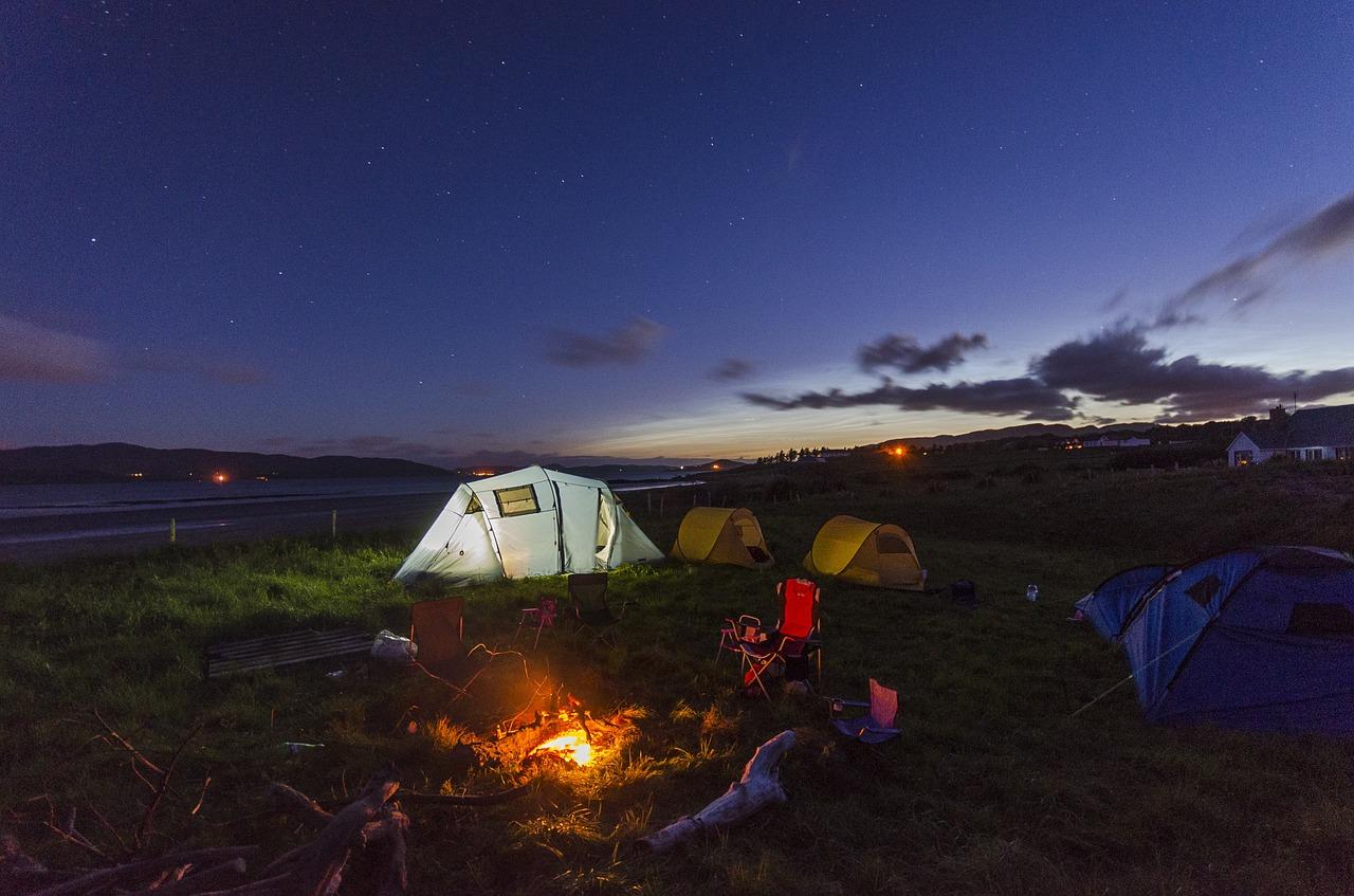 camping-1289930_1280